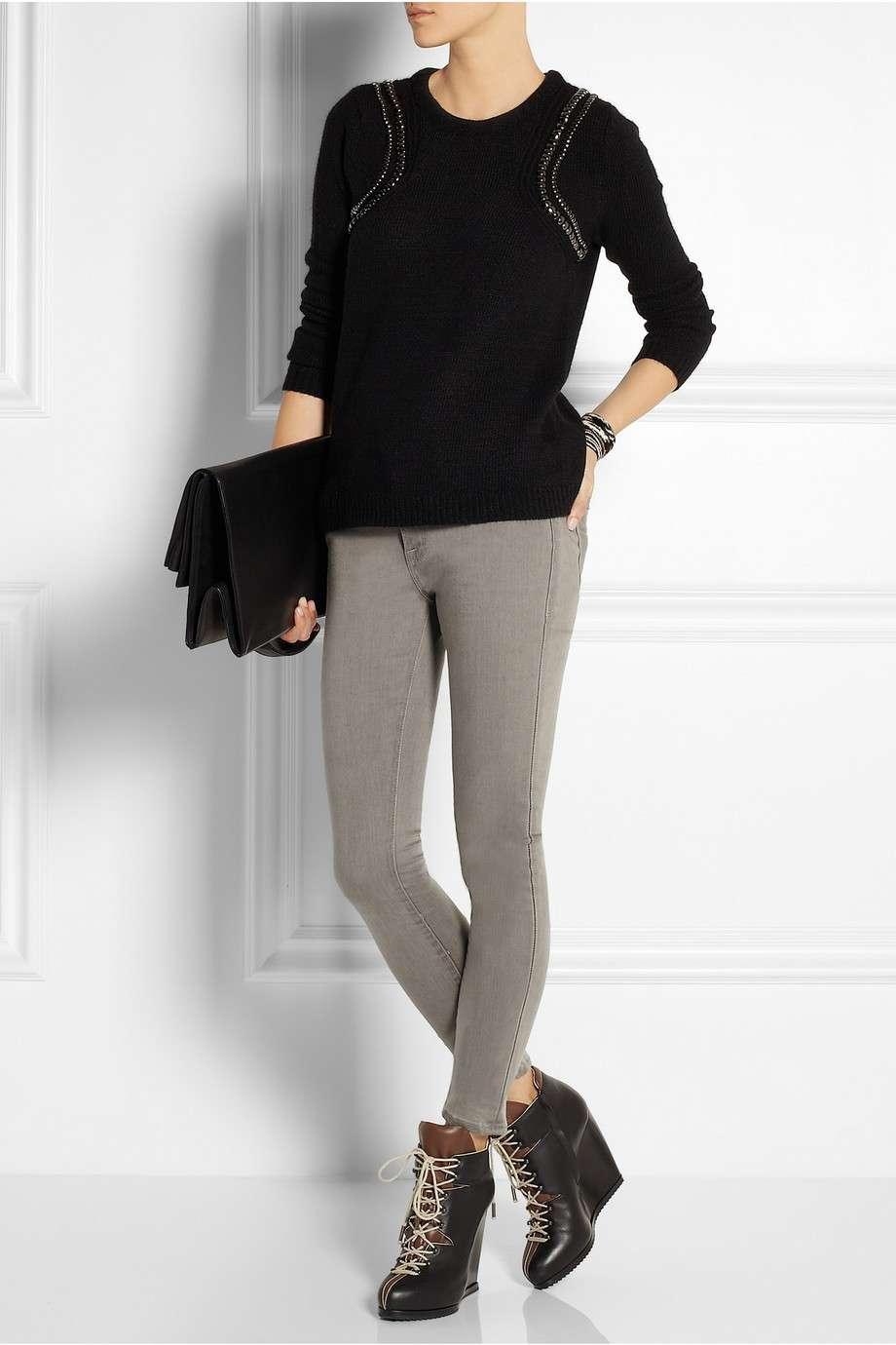 Pantaloni aderenti e francesine