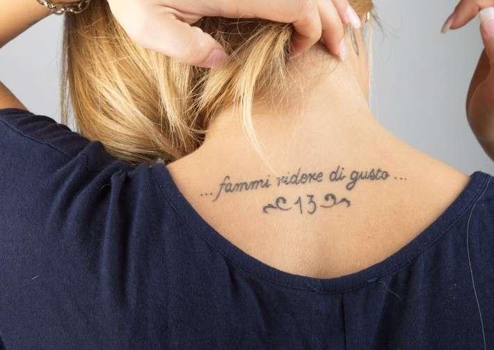 Strofa di Ligabue come tatuaggio