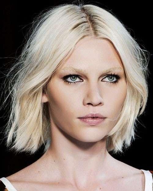 Taglio di capelli giusto per viso ovale