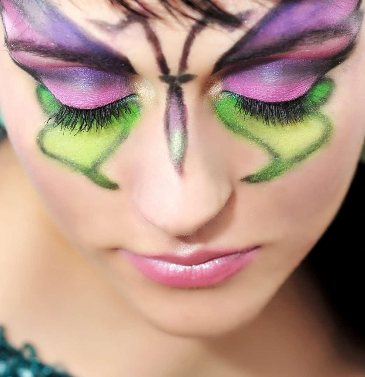 Trucco da farfalla verde viola