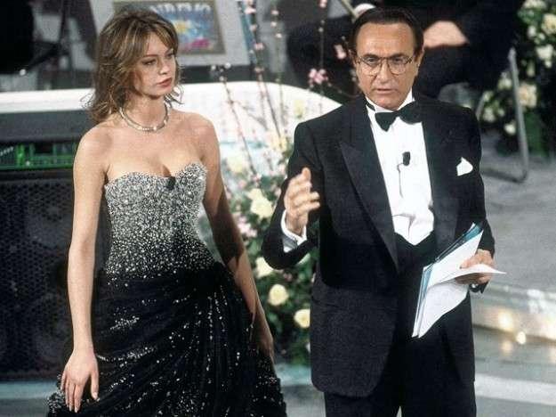Anna Falchi a Sanremo nel 1995