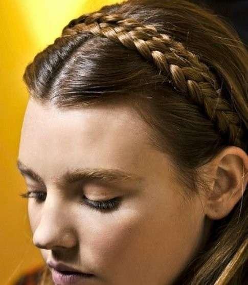 Accessorio per capelli a treccia