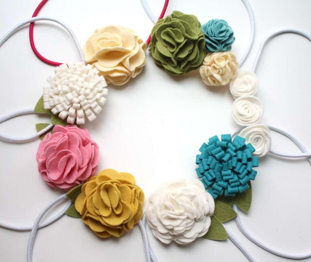 Collane con fiori in pannolenci