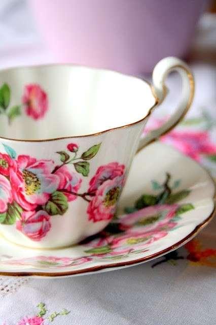 Colori accesi per il tè delle cinque