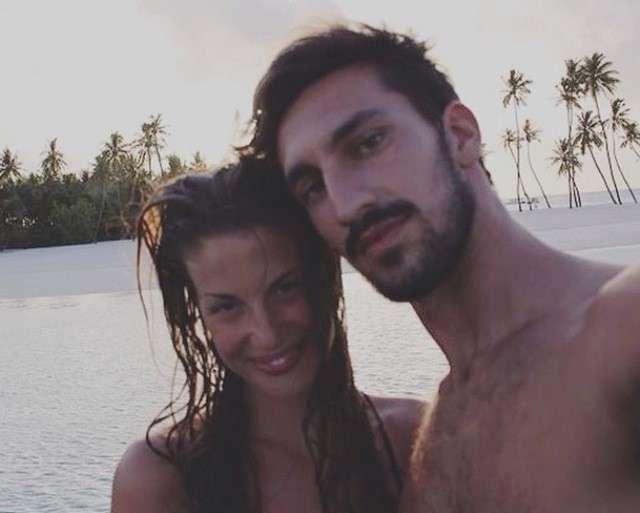 Francesca Fioretti e Davide Astori al mare