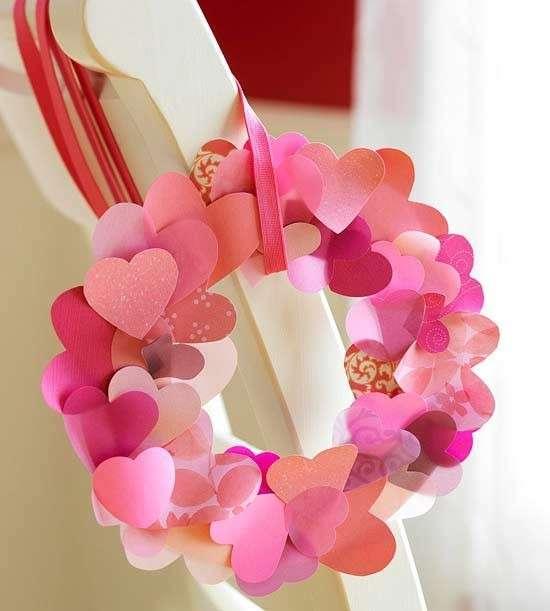 Ghirlanda di cuori per San Valentino