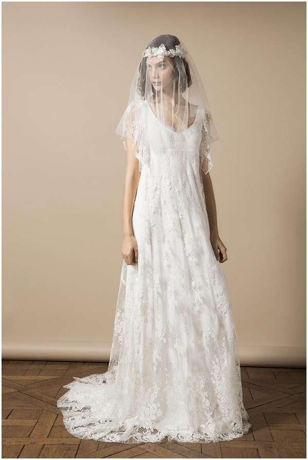 Abito Boho Chic con velo da sposa