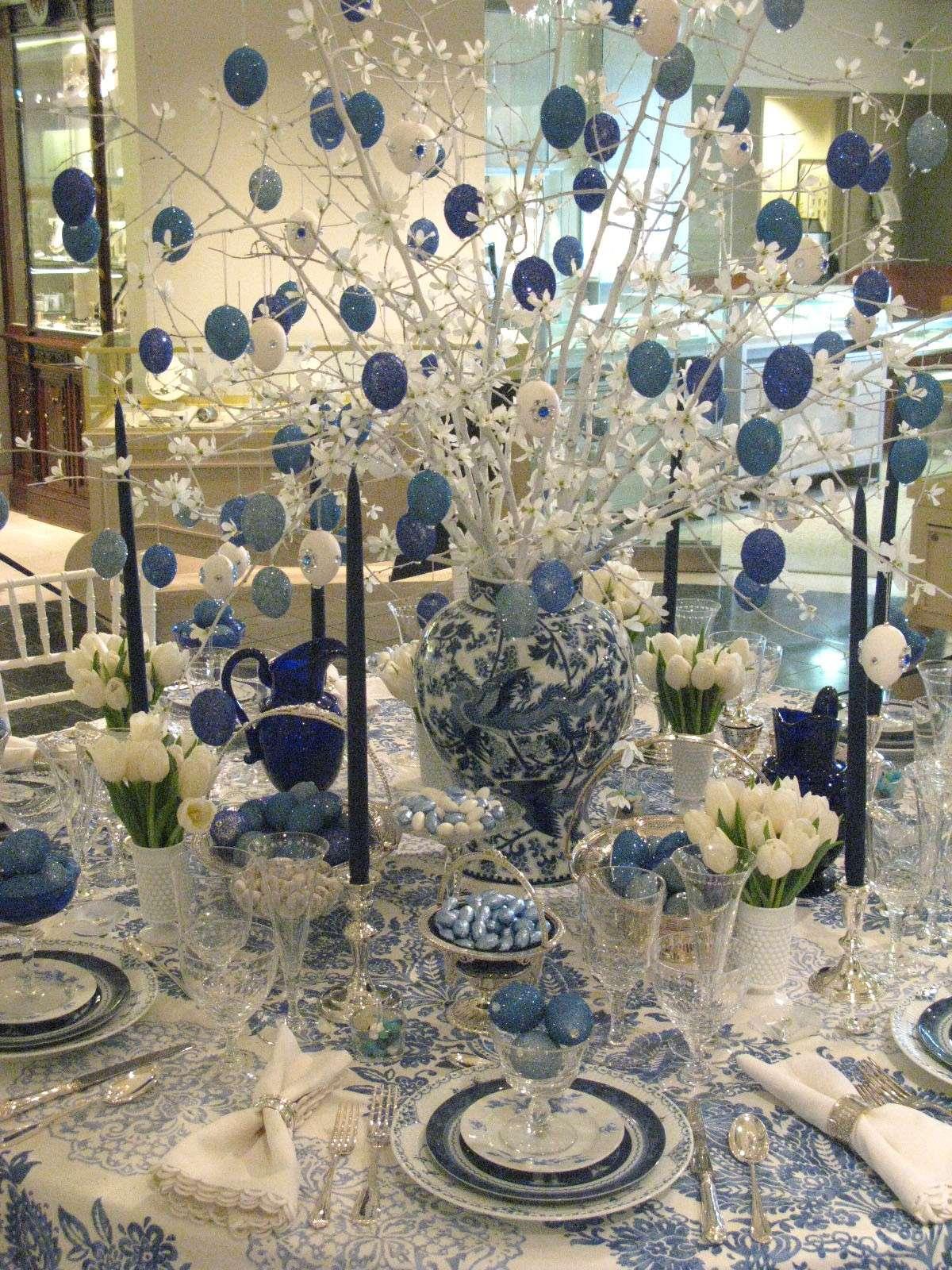 Albero centrotavola blu di Pasqua