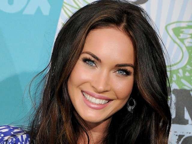 Taglio di capelli per il viso ovale di Megan Fox