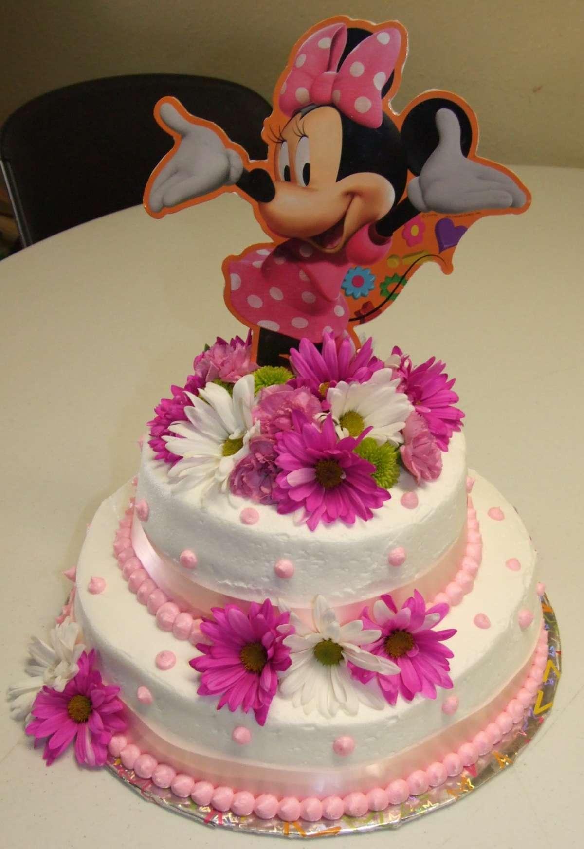 Torta di Minnie con fiori
