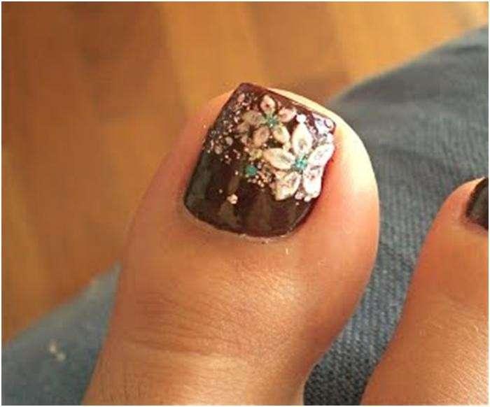 Nail art unghie dei piedi