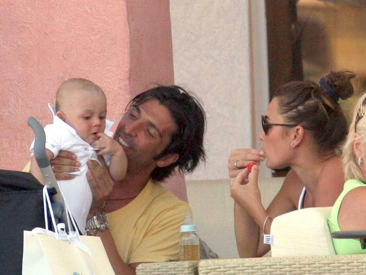 Buffon con la famiglia a Porto Cervo
