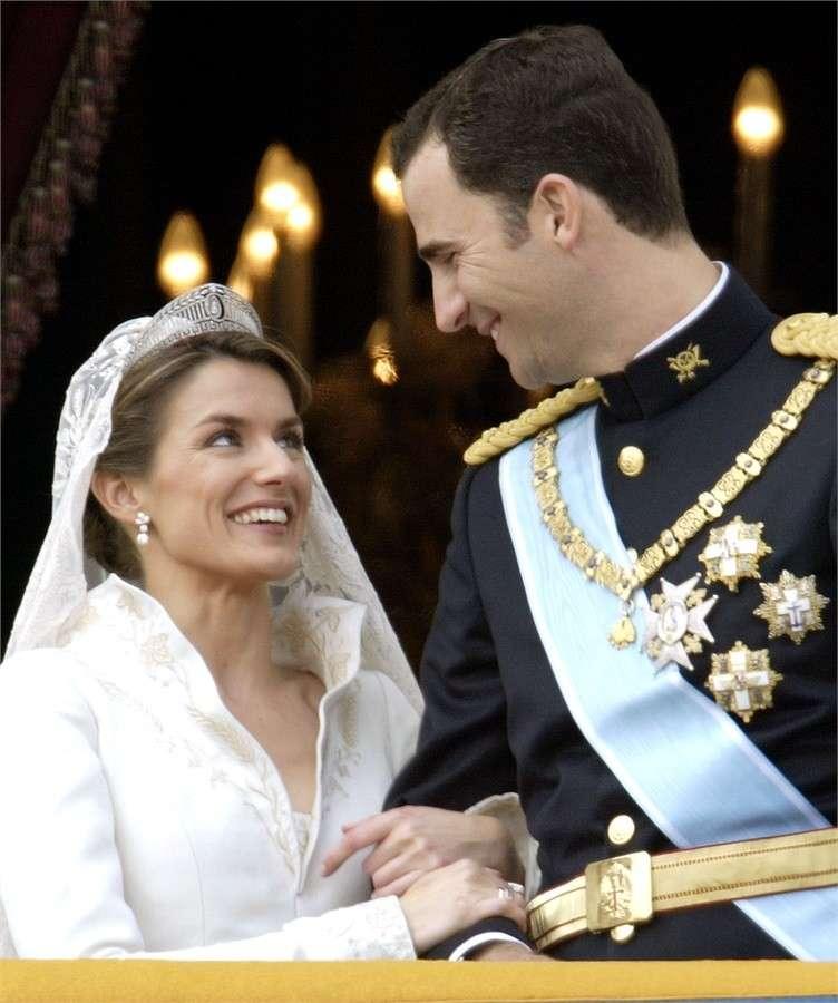 Dettaglio dell'abito da sposa di Letizia Ortiz