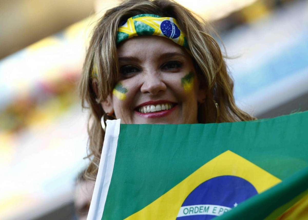 Tifo femminile per il Brasile