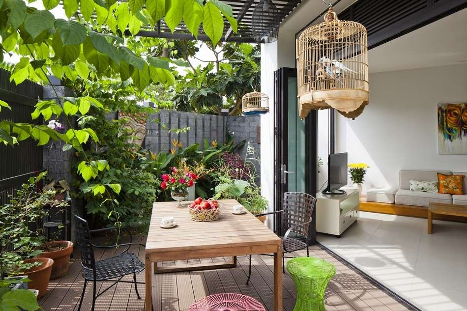 Arredare il terrazzo con materiali low cost