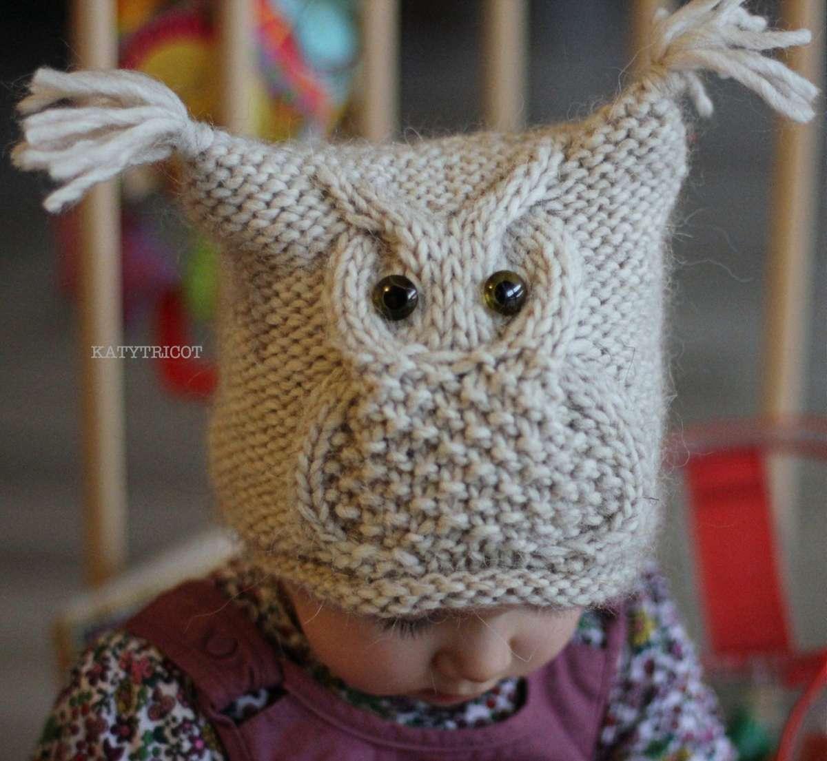 Cappello gufo a maglia