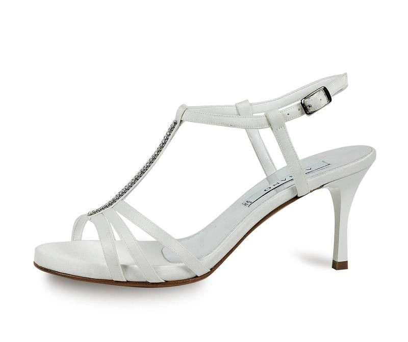 Sandali con stiletto medio