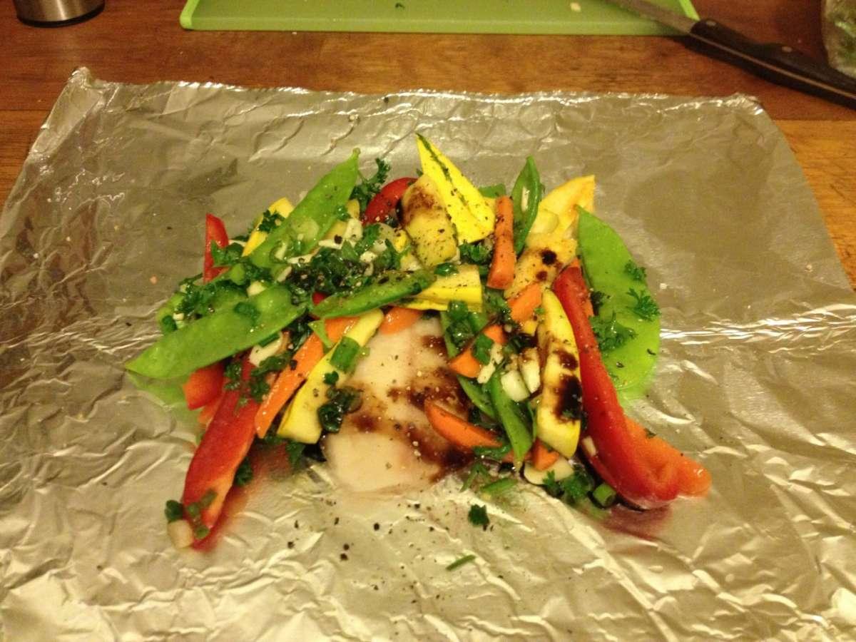 Calamari con verdure al cartoccio