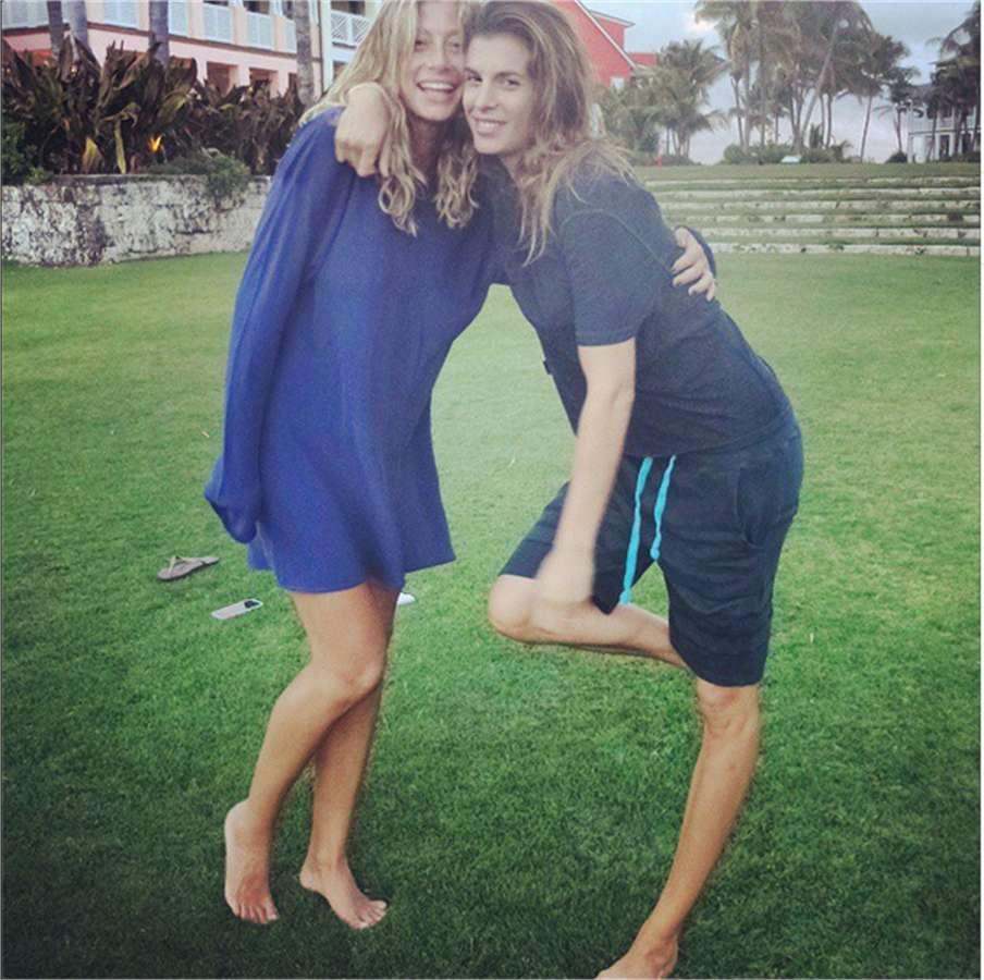 Elisabetta Canalis e Maddalena Corvaglia in vacanza alle Bahamas