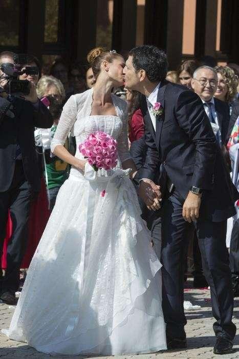 Il bacio dei neo sposi vip