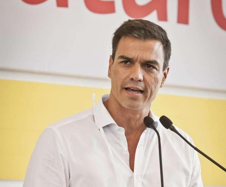 Il segretario Pedro Sanchez