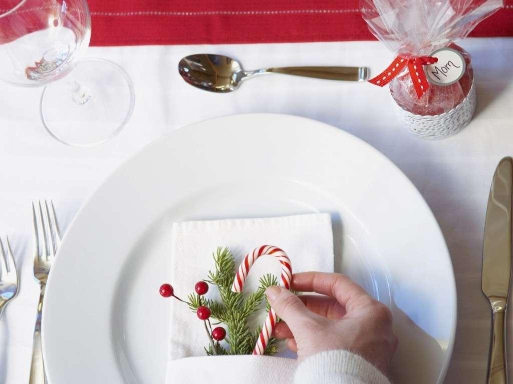 Addobbare la tavola di Natale
