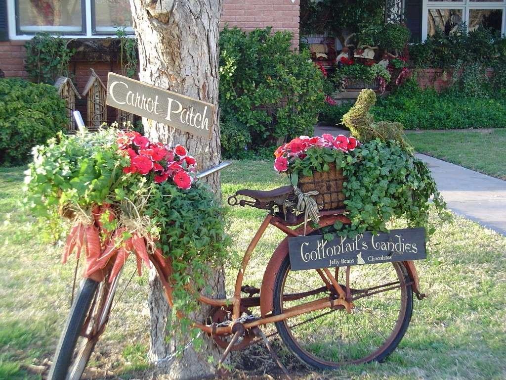 Bici per il giardino natalizio
