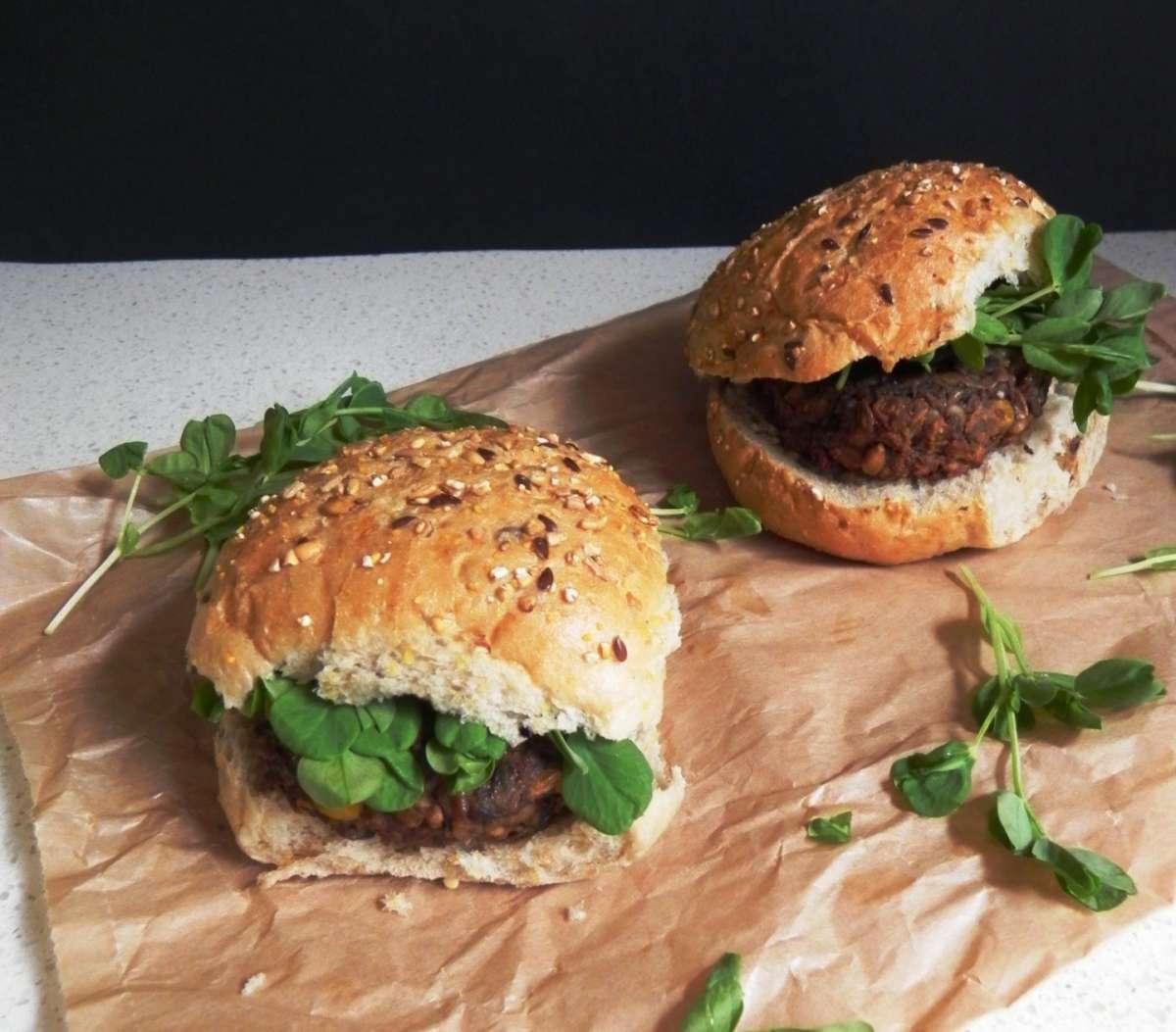 Burger di lenticchie e funghi