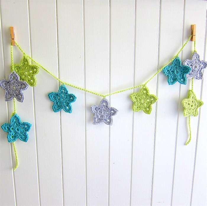 Festone di stelle di Natale colorate