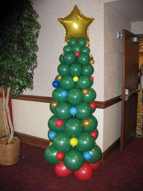 Albero di Natale di palloncini