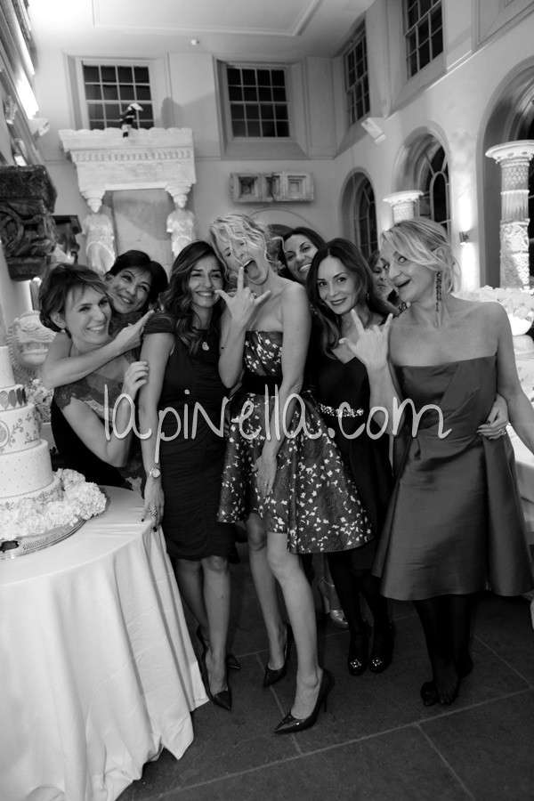Alessia Marcuzzi con le invitate