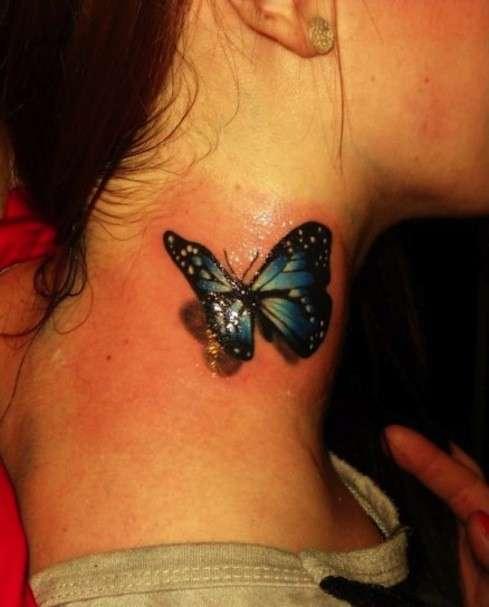 Farfalla 3D sul collo