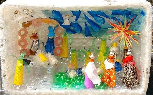 Bricolage Con Bottiglie Di Plastica.Statue Del Presepe Fai Da Te Tante Idee Di Riciclo Foto Pourfemme