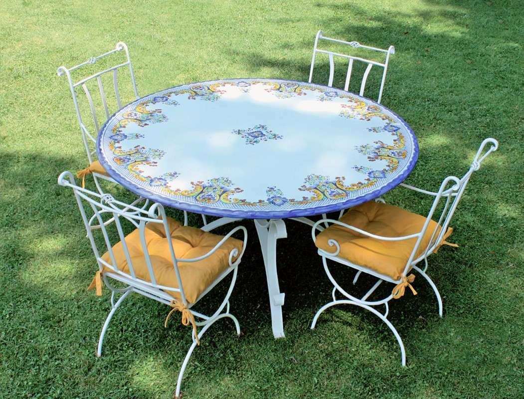 Tavolo tondo da esterno