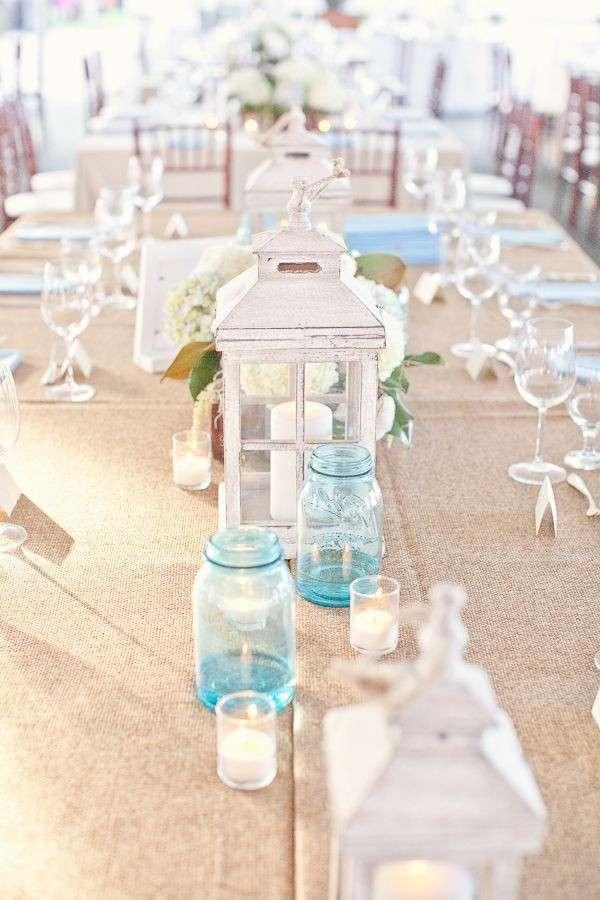 Lanterna e vasetti marini
