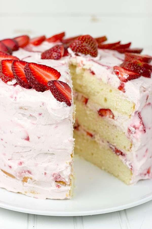 Chiffon cake panna e fragole