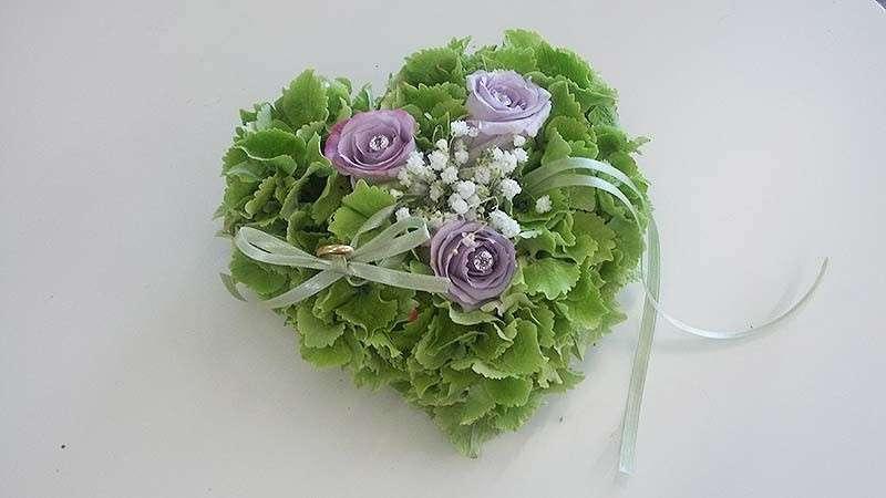Cuore con fiori
