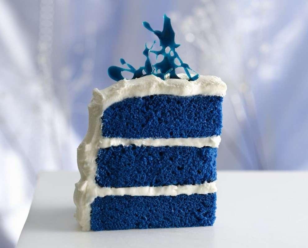 Interno della torta colorato