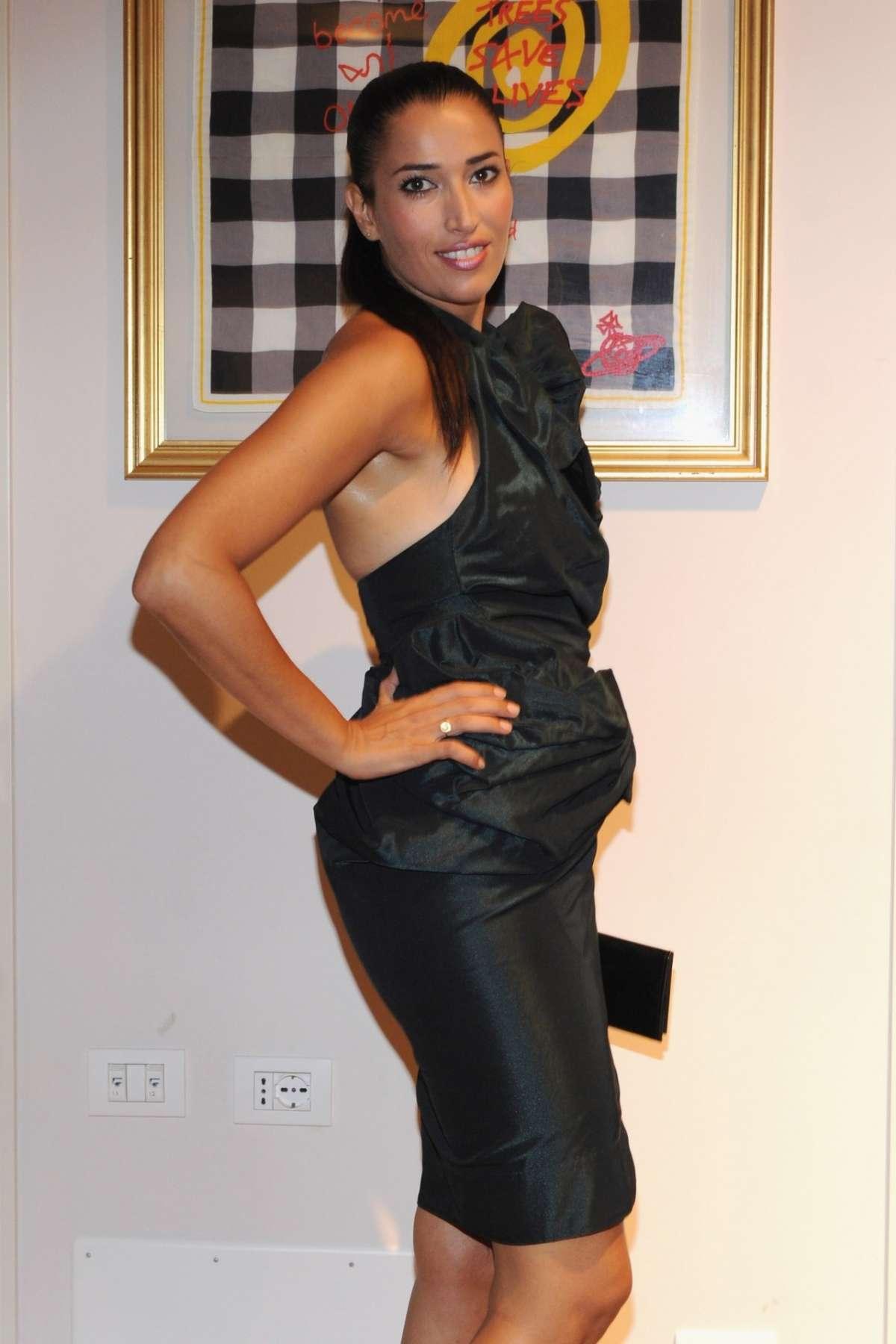 Nina con minidress nero