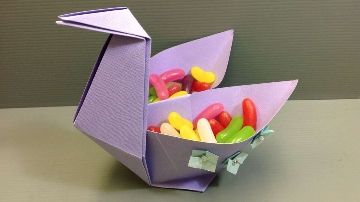 Cigno con origami fai da te