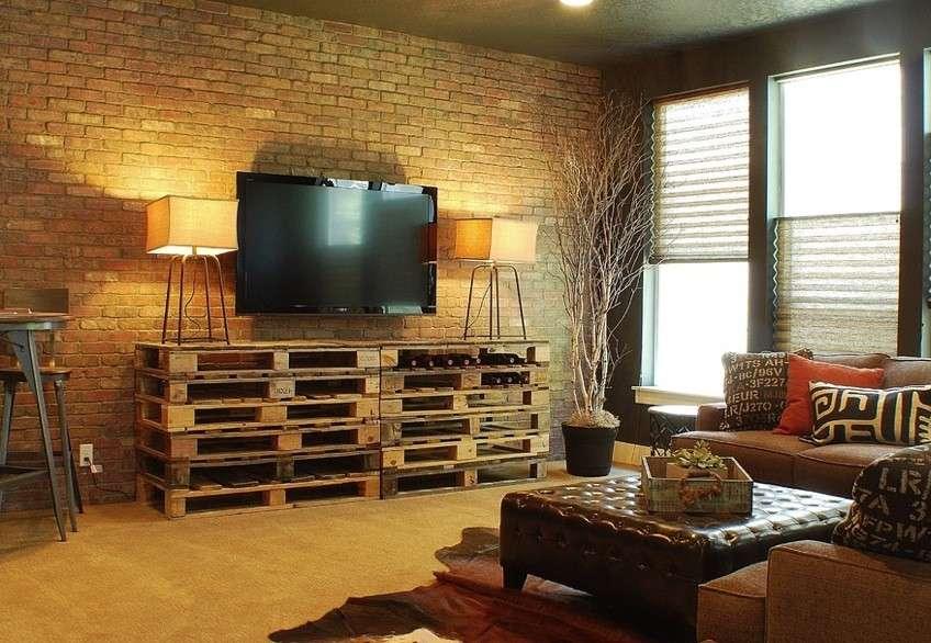 Una casa arredata con mobili fai da te ecologici