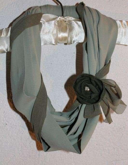 Collana ampia in lycra