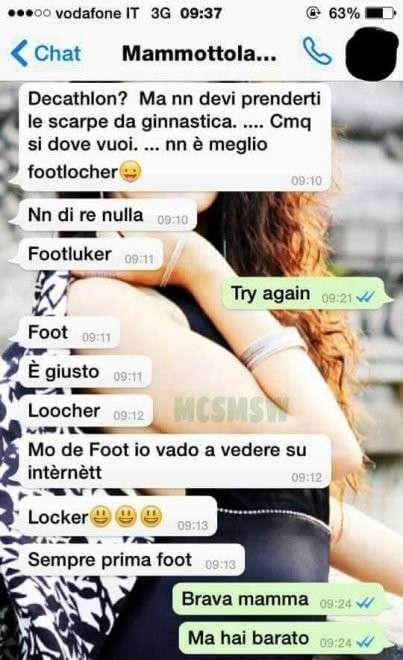 I messaggi divertenti di una mamma sulle scarpe da ginnastica
