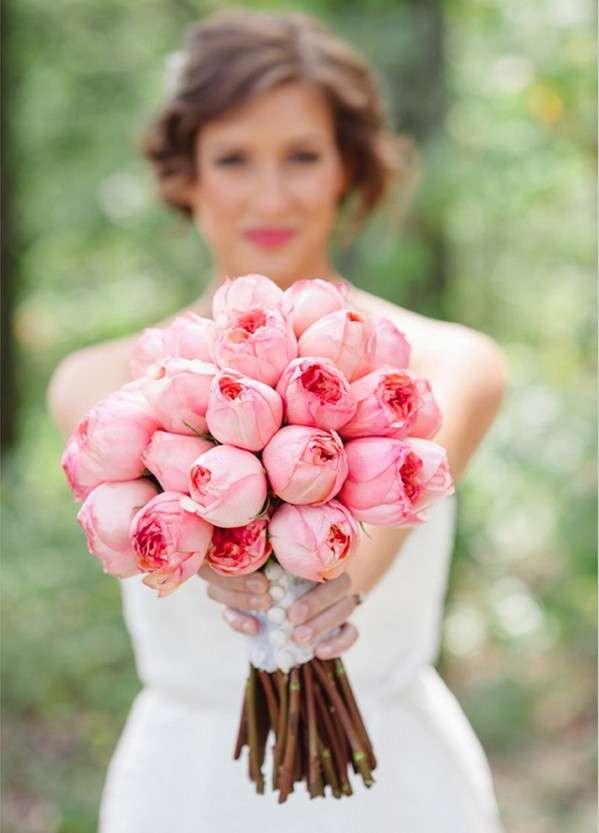 Bouquet rosa con boccioli