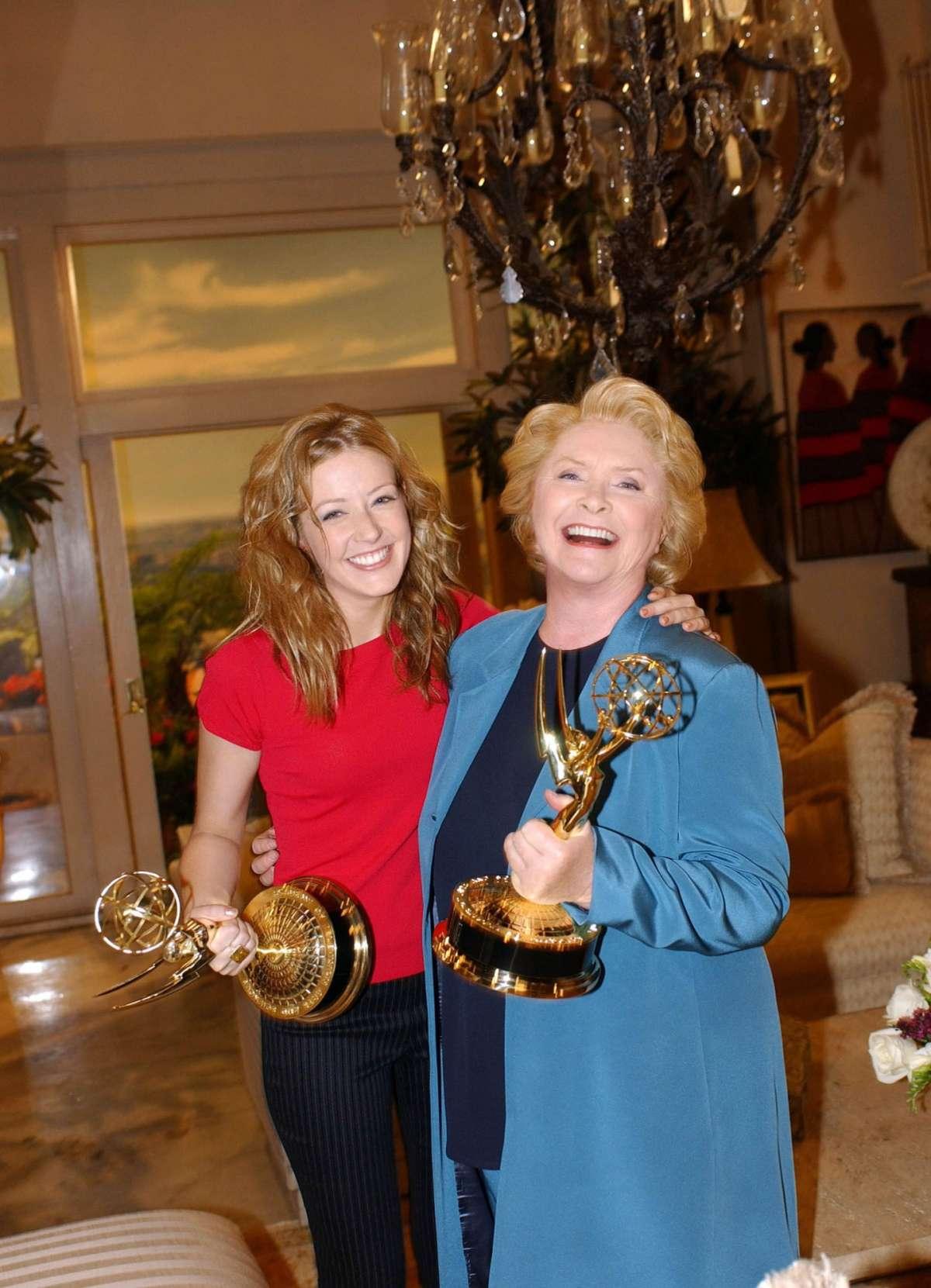 Jennifer Finnigan con Susan Flannery