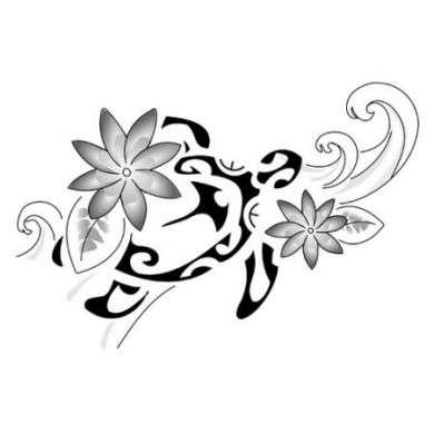 tatuaggio Maori con fiori