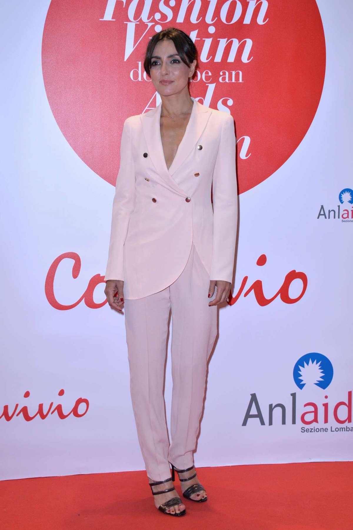 L'attrice all'inaugurazione Convivio a Milano