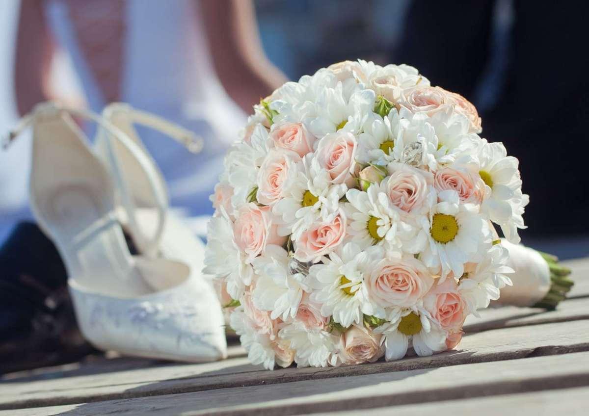 Bouquet Sposa Margherite E Rose.Bouquet Da Sposa Con Le Margherite Pagina 21