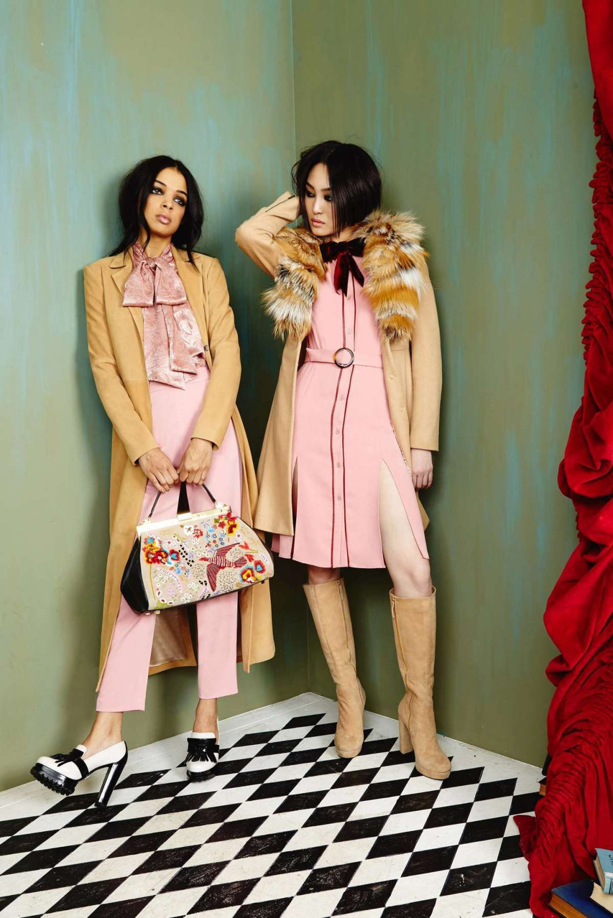 Look in rosa e beige Alice and Olivia