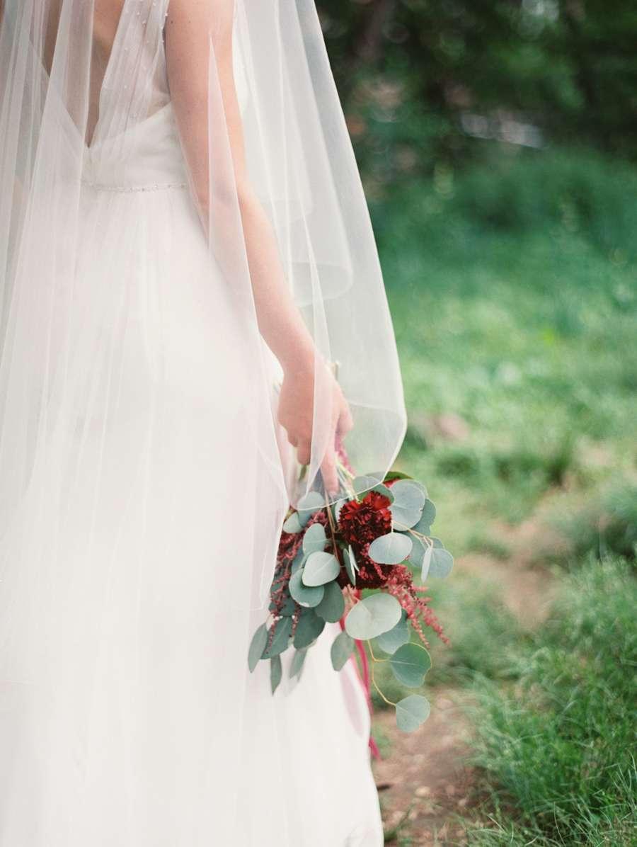 Bouquet minimal bordeaux